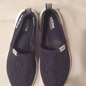 Adidas Woman's Navy slip on memory foam tennis sz7